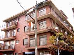 シェアハウス外観。マンションの1室。(2006-12-21,共用部,OUTLOOK,1F)