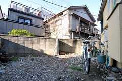 自転車置き場の様子。(2011-04-11,共用部,GARAGE,1F)