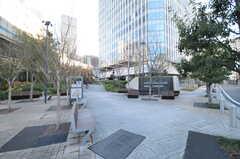 シェアハウスから各線・永田町駅へは森タワーの敷地を通ります。(2014-01-10,共用部,ENVIRONMENT,1F)