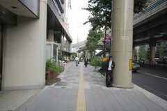 各線永田町駅からシェアハウスへ向かう道の様子。(2008-09-08,共用部,ENVIRONMENT,1F)