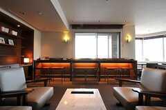 マンションの共用ラウンジの様子2。(2010-12-02,共用部,LIVINGROOM,4F)