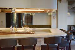 カウンターテーブルの様子。(2015-02-06,共用部,LIVINGROOM,9F)