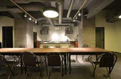 シェアスペースの様子3。キッチンもあります。(2015-02-06,共用部,OTHER,)