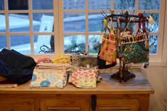 ハンドメイドの小物は販売しています。(2017-10-17,共用部,LIVINGROOM,1F)