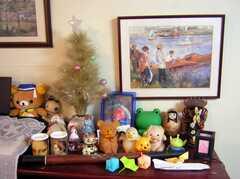 新旧東西が融合した棚の上の小物。(2008-02-07,共用部,OTHER,1F)