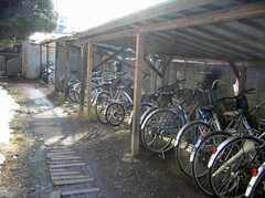 駐輪場の様子。(2008-02-07,共用部,GARAGE,1F)