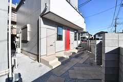 Oliva棟はワンルームタイプのアパートです。(Oliva棟)(2017-01-31,周辺環境,ENTRANCE,1F)