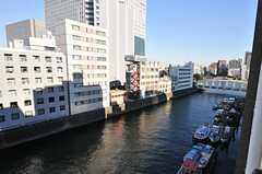 窓からの景色。日本橋川が見えます。(504号室)(2014-01-14,専有部,ROOM,5F)