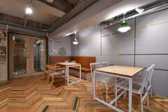 オフィスの利用者さんも使えるスペース。(2017-12-08,共用部,LIVINGROOM,2F)