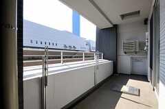 ベランダは4204号室と共用です。(4203号室)(2012-02-24,専有部,ROOM,4F)
