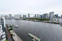 ベランダからは隅田川が見えます。(2017-05-24,共用部,OTHER,14F)