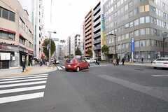 シェアハウス近くの交差点の様子。(2013-11-12,共用部,ENVIRONMENT,1F)