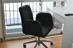 椅子の様子。(3023号室)(2013-10-31,専有部,ROOM,3F)