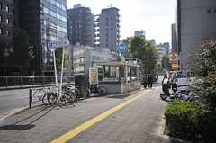 東京メトロ有楽町線・新富町駅の様子。(2013-10-31,共用部,OTHER,1F)