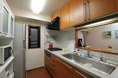 シェアハウスのキッチンの様子。(2011-08-05,共用部,KITCHEN,3F)