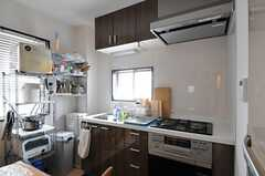 キッチンの様子。(2012-02-10,共用部,KITCHEN,1F)