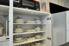 各部屋ごとに分けられた食器棚の様子。(2014-03-27,共用部,LIVINGROOM,1F)