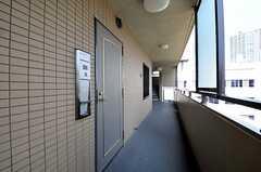 シェアハウスの玄関の様子。(2012-08-07,周辺環境,ENTRANCE,5F)