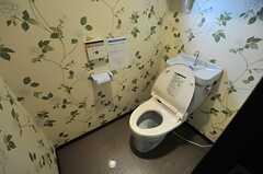 ウォシュレット付きトイレの様子。(2014-05-22,共用部,TOILET,2F)