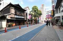 駅前からはいくつもの商店街が広がっています。(2014-05-22,共用部,ENVIRONMENT,1F)