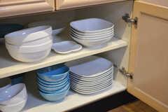 食器棚の様子2。(2016-03-14,共用部,KITCHEN,3F)