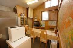 シェアハウスのラウンジの様子。(2008-10-29,共用部,LIVINGROOM,2F)