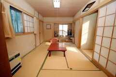 サービスルームの様子。オーナーに来客がなければ基本的に入居者は自由に使って良いとの事。(2008-10-29,共用部,LIVINGROOM,2F)