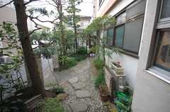 玄関周りの様子2。(2008-10-29,共用部,OTHER,1F)