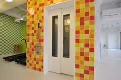 エレベーターの様子。(2012-01-26,共用部,OTHER,1F)