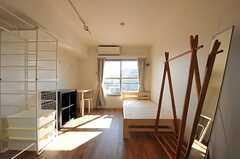 専有部の様子。他と比べると、かなりベーシックな印象。(405号室)(2012-01-26,専有部,ROOM,4F)