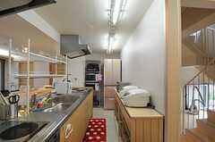 キッチンの様子2。(2012-06-25,共用部,KITCHEN,7F)
