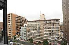 窓からの景色。目の前には葛西橋通りが通っています。(703号室)(2012-06-25,専有部,ROOM,7F)