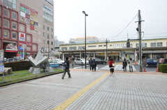 JR総武線・新小岩駅の様子。(2013-11-07,共用部,ENVIRONMENT,1F)