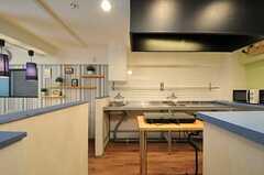 キッチンの様子。(2013-03-11,共用部,KITCHEN,1F)