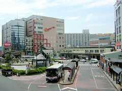 Jr総武線・横須賀線新小岩駅の様子。(2006-07-13,共用部,ENVIRONMENT,1F)