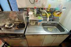 キッチンの様子。(2013-09-23,共用部,KITCHEN,1F)