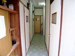 廊下の様子。(2006-06-24,共用部,OTHER,2F)