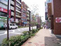 JR平井駅からシェアハウスへ向かう道の様子。(2006-06-24,共用部,ENVIRONMENT,1F)