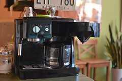コーヒーメーカーの様子。(2015-10-02,共用部,LIVINGROOM,1F)