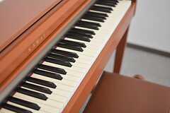 電子ピアノの様子。(2015-10-02,共用部,OTHER,5F)