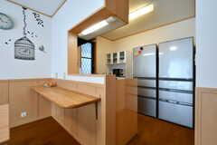 カウンターの裏側がキッチンです。(2017-07-18,共用部,KITCHEN,1F)