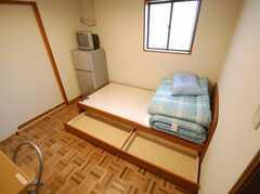 専有部の様子3。ベッド下収納。(106号室)(2008-03-21,専有部,ROOM,1F)