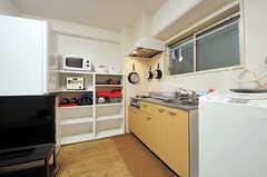 キッチンの様子。(2012-12-10,共用部,KITCHEN,6F)
