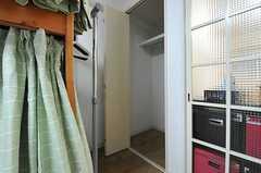 クローゼットの様子。(6051号室)(2012-12-10,専有部,ROOM,6F)