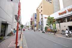 東京メトロ東西線西葛西駅からシェアハウスへ向かう道の様子2。(2009-06-08,共用部,ENVIRONMENT,1F)