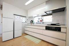 シェアハウスのキッチンの様子。(2010-07-06,共用部,KITCHEN,3F)