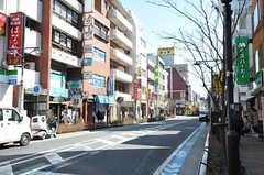 シェアハウスからJR総武線・平井駅へ向かう道の様子。(2014-02-10,専有部,ROOM,1F)