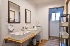 洗面台の様子。(2017-06-25,共用部,WASHSTAND,1F)