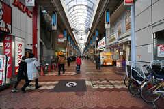 各線・新小岩駅前のアーケード商店街。(2018-01-12,共用部,ENVIRONMENT,1F)