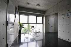 エレベーターホールの様子。(2011-08-26,共用部,OTHER,4F)
